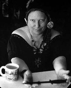 Berkeley poet Julia Vinograd.