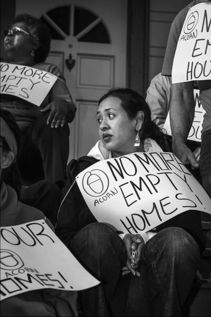 Oakland activists protest the eviction of a family with four children in a foreclosure. David Bacon photo